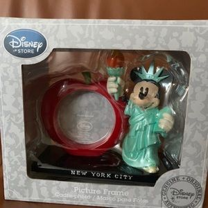 Other - Mickey Mouse frame Statue of Liberty